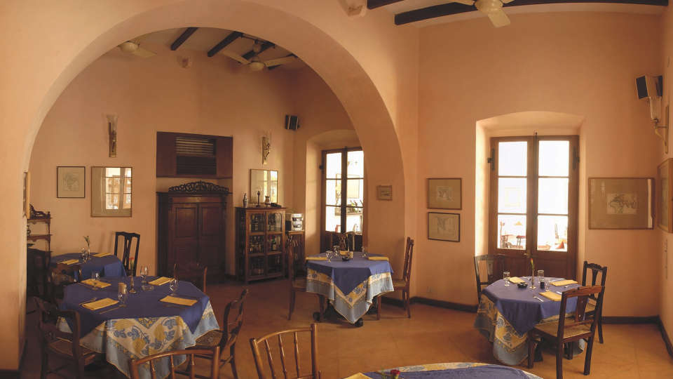 Hotel de l\'Orient - 18th Century, Pondicherry Pondicherry Dining Hotel de l Orient Pondicherry 3