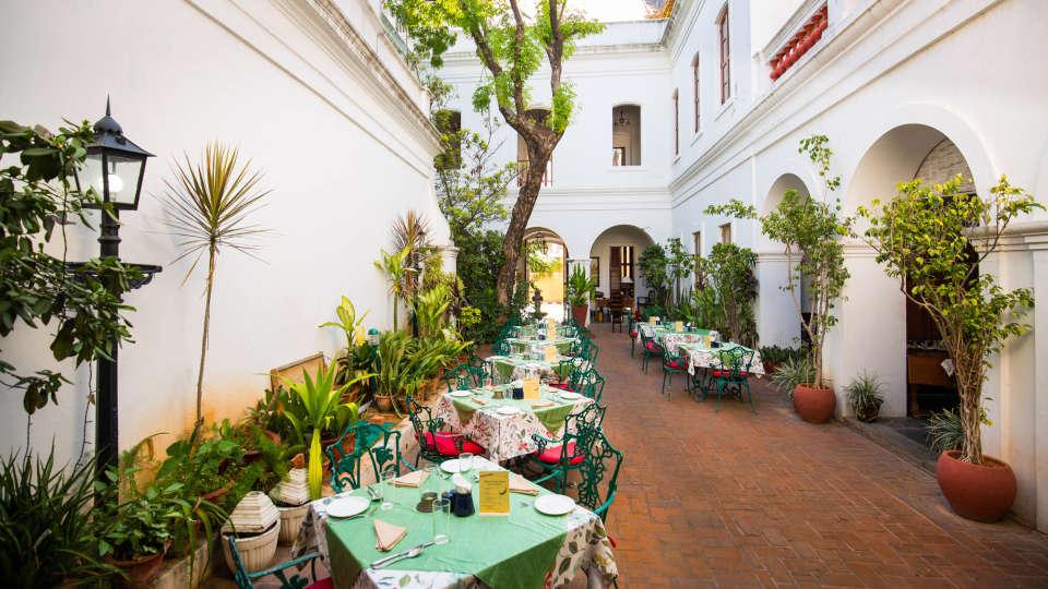 Hotel de l\'Orient - 18th Century, Pondicherry Pondicherry Dining Hotel de l Orient Pondicherry 4