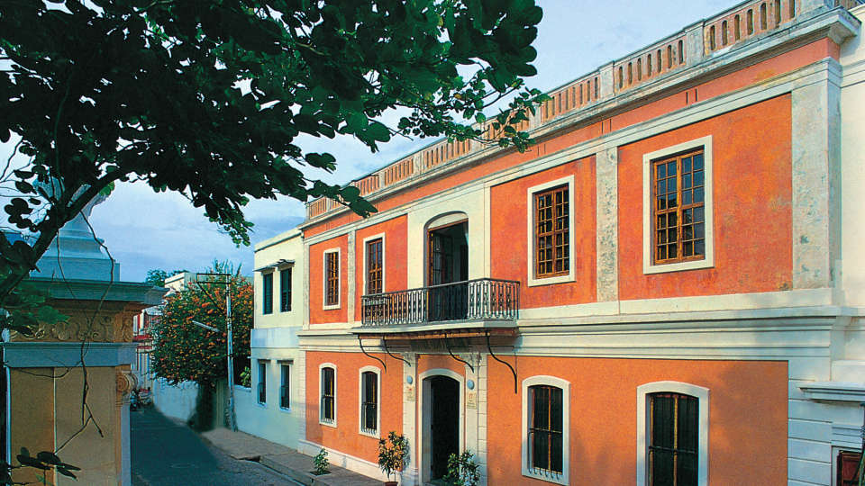 Hotel de l\'Orient - 18th Century, Pondicherry Pondicherry Hotel de l Orient Pondicherry 3
