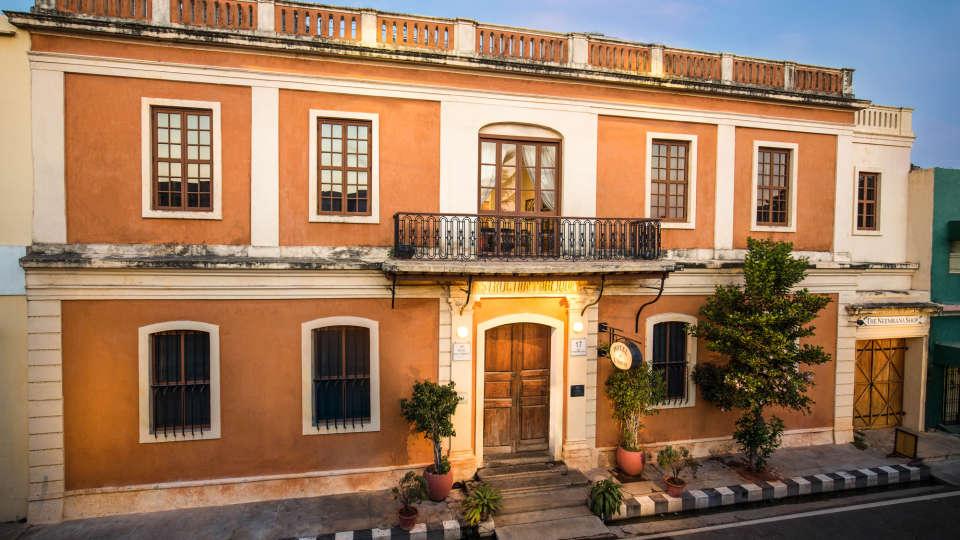 Hotel de l\'Orient - 18th Century, Pondicherry Pondicherry Hotel de l Orient Pondicherry 6