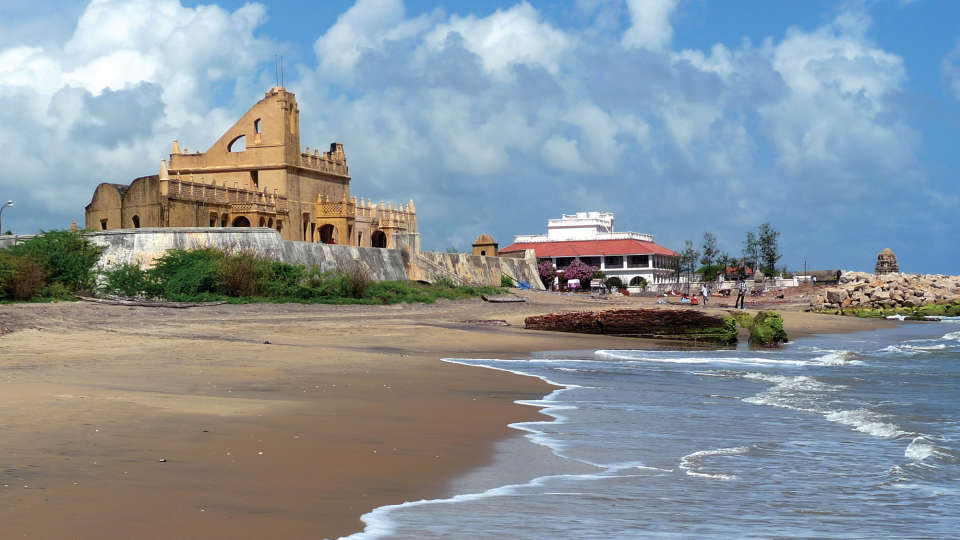 The Bungalow on the Beach - 17th Century, Tranquebar  The Bungalow on the Beach Tranquebar Tamil Nadu 9