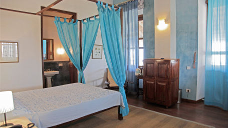 Queen Anna Sophia Room, The Bungalow on the Beach Tranquebar, Hotels In Nagapattinam