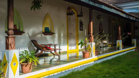 Arco Iris - 19th Century, Curtorim Goa Back Courtyard Arco Iris Goa 1