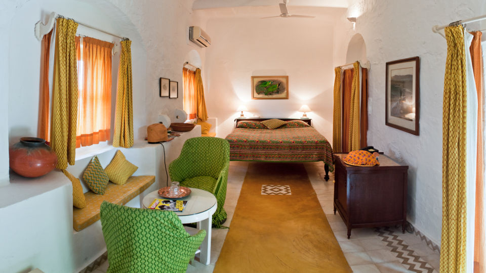Hill Fort-Kesroli Alwar Hariyal Mahal, Royal hotels in Rajasthan