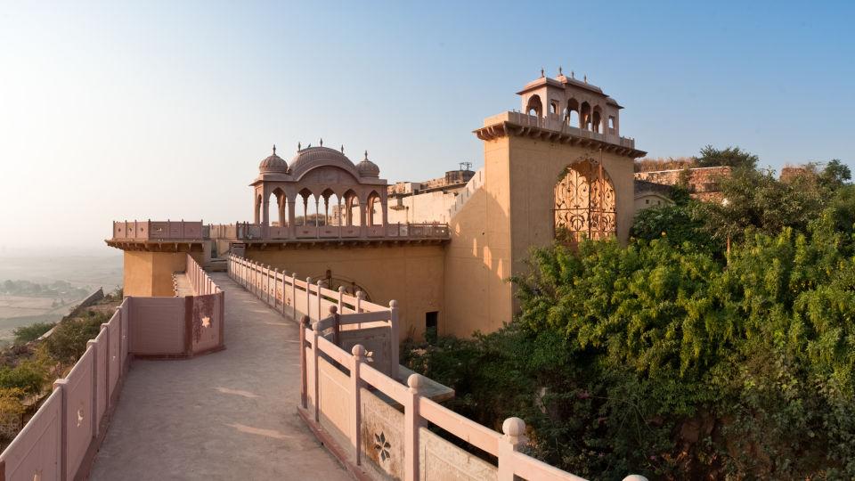 Facade_Tijara Fort Palace_Hotel In Rajasthan 12