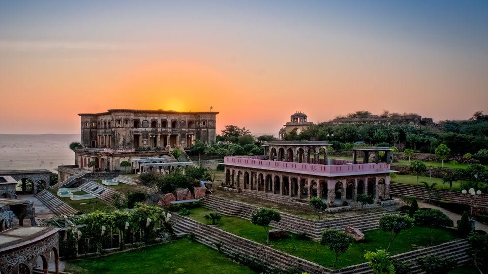 Facade_Tijara Fort Palace_Hotel In Rajasthan 2