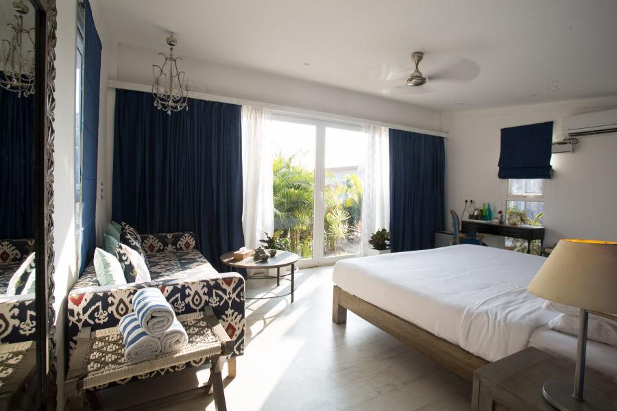 alt-text Deluxe Cabana Connected Rooms (Duplex), Living Room Beach Resort, Goa 2