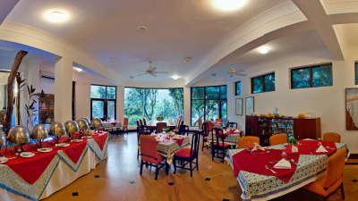 Dining establishment at The Glasshouse on the Ganges above Rishikesh Uttarakhand, restauramt in Rishikesh