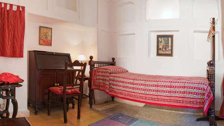 Neemrana Fort-Palace - 15th Century, Delhi-Jaipur Highway Neemrana Lehsuniya Mahal Neemrana Fort-Palace Alwar Rajasthan