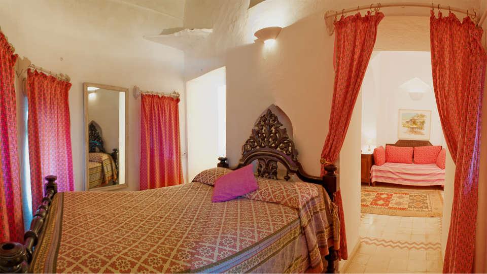Neemrana Fort-Palace - 15th Century, Delhi-Jaipur Highway Neemrana Burj Mahal Neemrana Fort-Palace Alwar Rajasthan