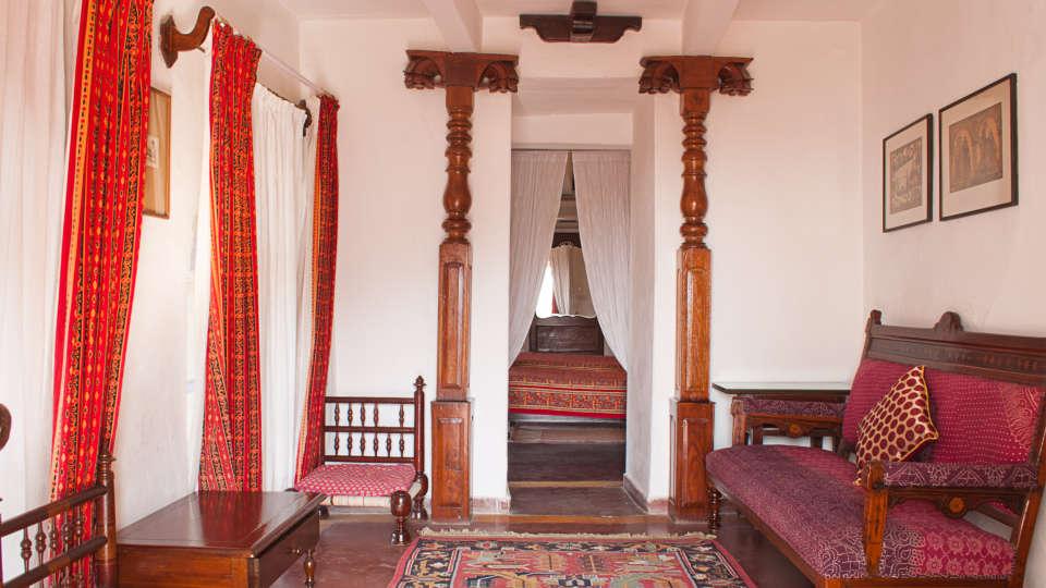 Neemrana Fort-Palace - 15th Century, Delhi-Jaipur Highway Neemrana Dakshin Mahal Neemrana Fort-Palace Alwar Rajasthan
