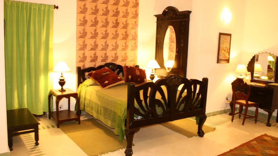 Neemrana Fort-Palace - 15th Century, Delhi-Jaipur Highway Neemrana Garud Mahal Neemrana Fort-Palace Alwar Rajasthan