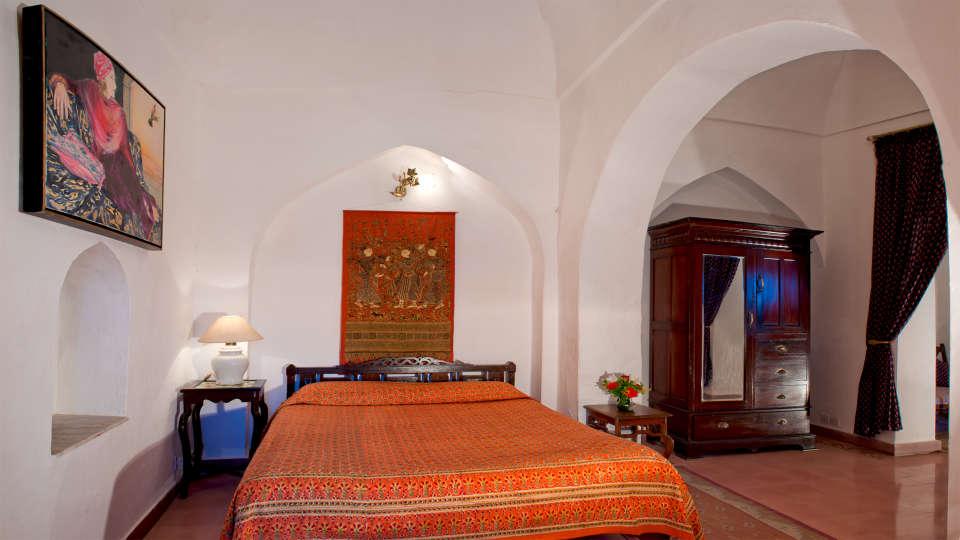 Neemrana Fort-Palace - 15th Century, Delhi-Jaipur Highway Neemrana Gulab Mahal Neemrana Fort-Palace Alwar Rajasthan