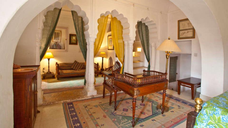 Neemrana Fort-Palace - 15th Century, Delhi-Jaipur Highway Neemrana Hara Mahal Neemrana Fort-Palace Alwar Rajasthan