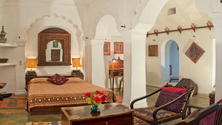 Neemrana Fort-Palace - 15th Century, Delhi-Jaipur Highway Neemrana Gujarat Mahal Neemrana Fort-Palace Alwar Rajasthan