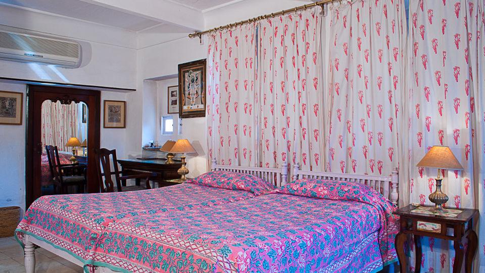 Neemrana Fort-Palace - 15th Century, Delhi-Jaipur Highway Neemrana Hari Vilas Neemrana Fort-Palace Alwar Rajasthan