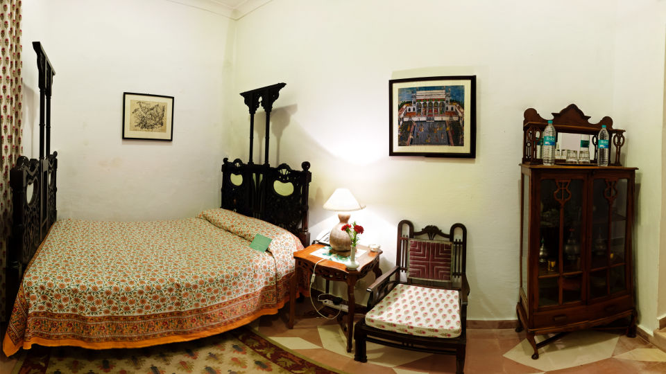 Neemrana Fort-Palace - 15th Century, Delhi-Jaipur Highway Neemrana Jal Mahal Neemrana Fort-Palace Alwar Rajasthan