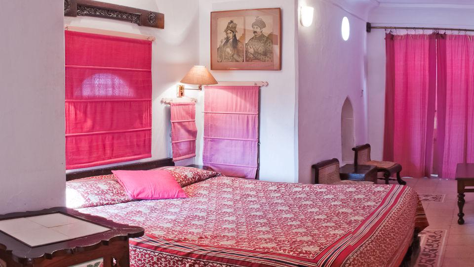 Neemrana Fort-Palace - 15th Century, Delhi-Jaipur Highway Neemrana Shringar Mahal Neemrana Fort-Palace Alwar Rajasthan