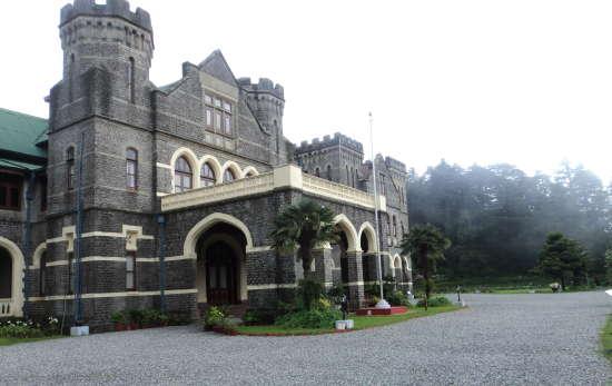 raj bhawan heritage hotels of nainital. hotel in nainital