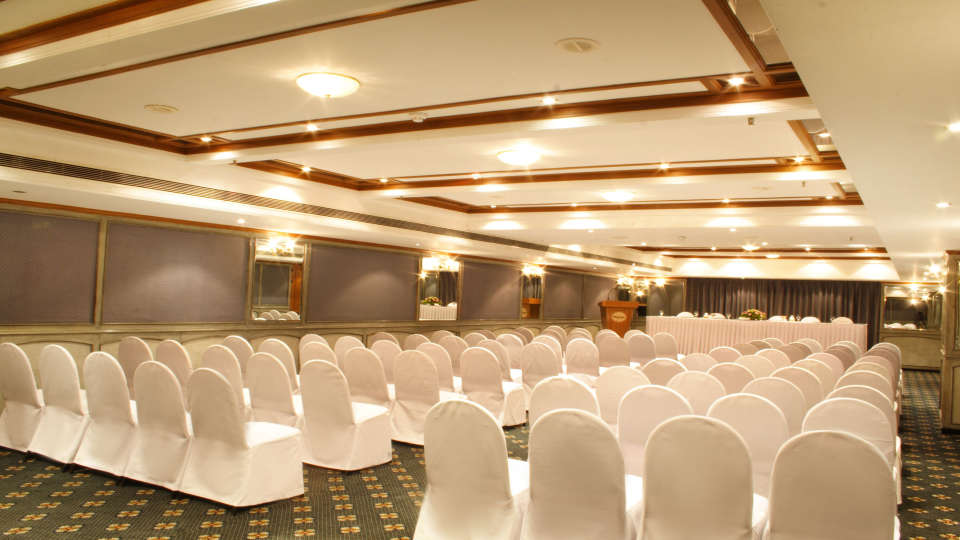 Senate at Aditya Park Hyderabad, hyderabad hotels near ameerpet metro station 1