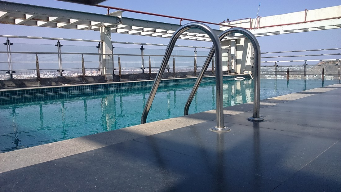 Swimming pool Hotel Daspalla Hyderabad 3