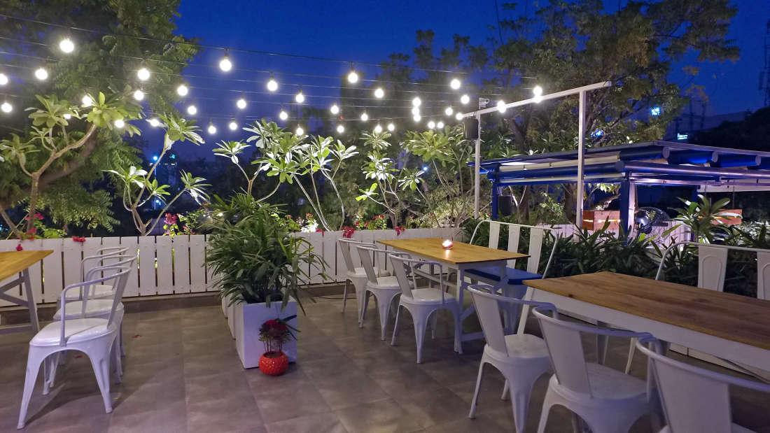 Jaipour Cafe Hotel Devraj Niwas Jaipur 3