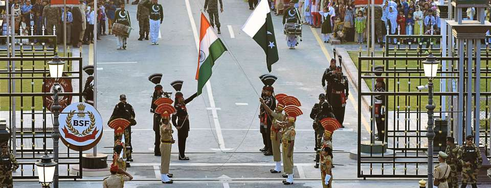 Hotels near golden temple & Wagah Attari Border, Evoke Avaas Lifestyle