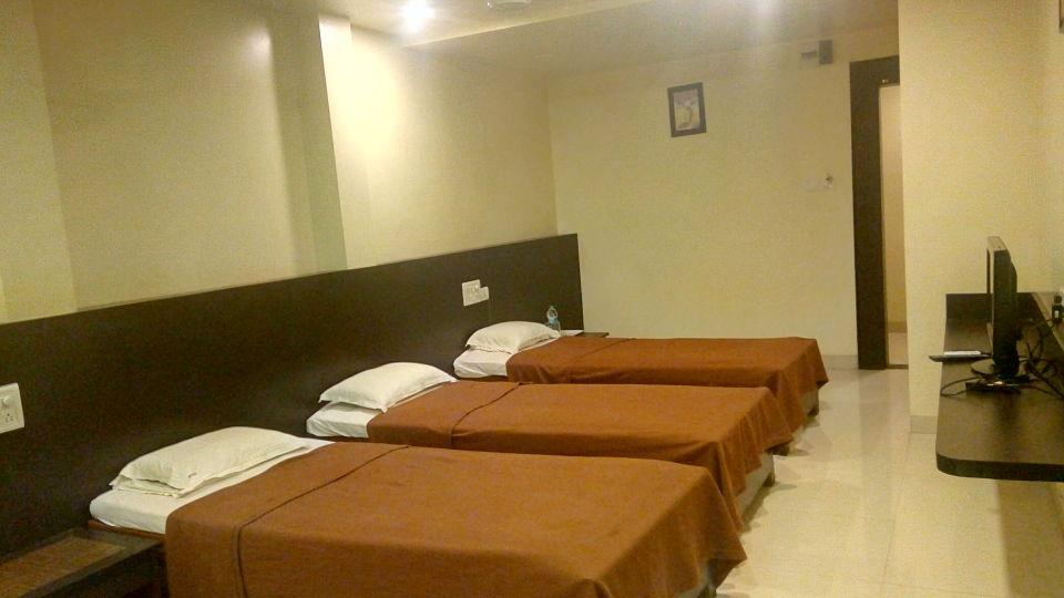 Deluxe Non AC Room - Kohinoor Square Kolhapur Kolhapur Hotels 2
