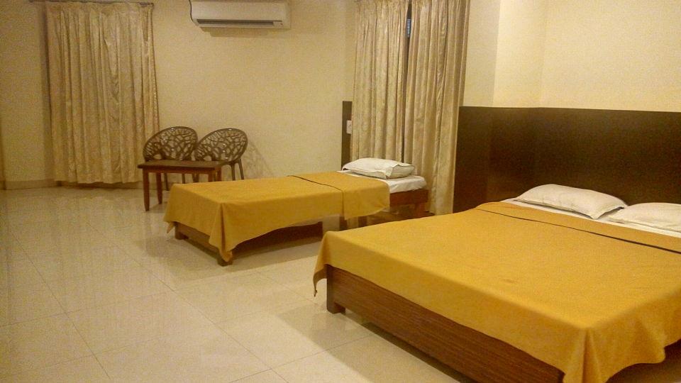 Standard AC Room - Kohinoor Square Kolhapur Kolhapur Hotels