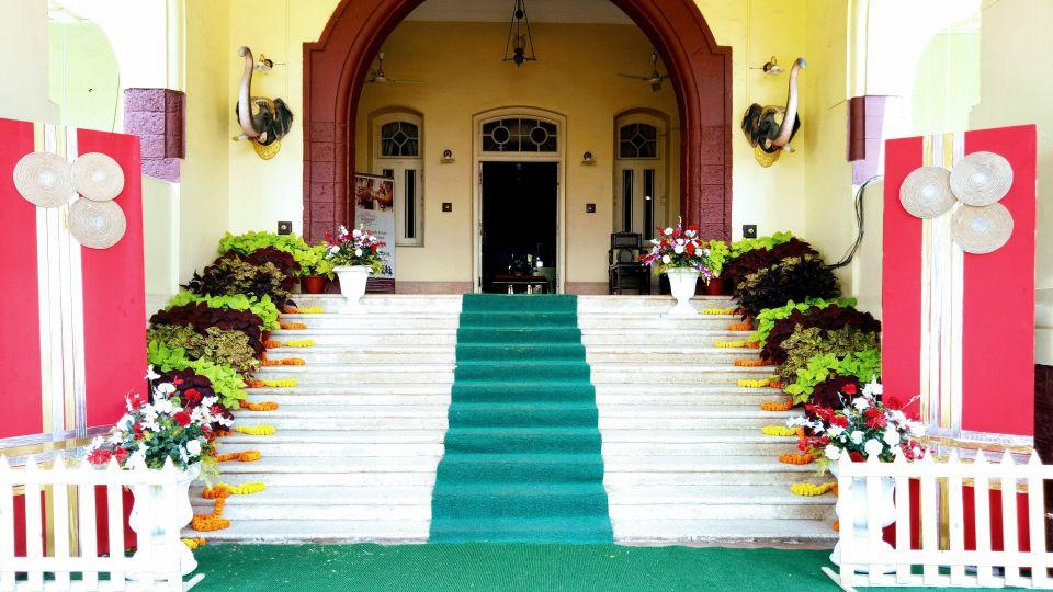 Entrance to lobby Wedding Theme