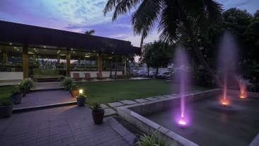 Restaurant Sai Priya Beach Resort Vizag