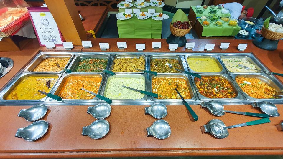 Restaurant in Vile Parle, Orchid Hotel Mumbai Vile Parle, Hotel Near Mumbai Airport 113