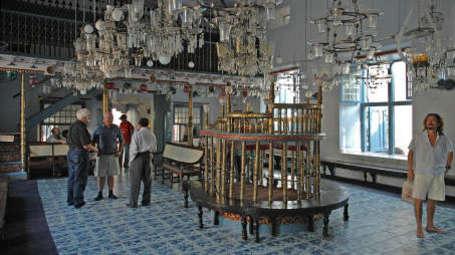 Fort Abode Apartments, Fort Kochi Cochin Jewish Synagogue mkneku