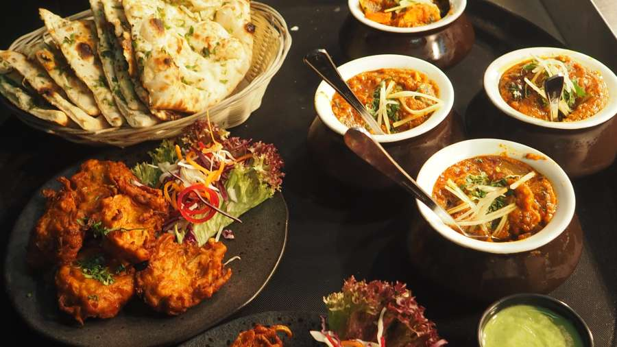 Indian Cuisine 2, Restaurant in Noida, The Hideaway