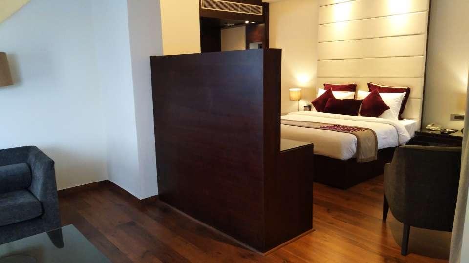 Hotel rooms in Shimla Premium Rooms Marigold Sarovar Portico Shimla,luxury hotels in shimla 2