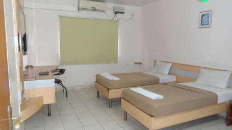 Deluxe AC Room, Online Suites, Rooms Near Jigani Industrial Area 7