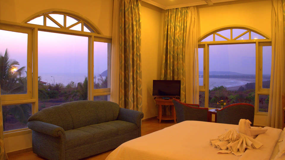 Executive Superior Rooms Kohinoor Samudra Ratnagiri 7