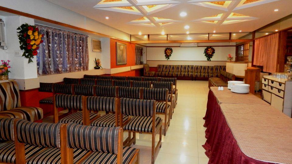 Hotel Raviraj, Pune Pune Suryama Hall hotel raviraj pune