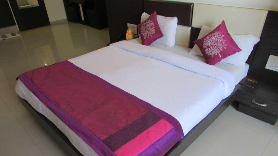 Hotel Skyland, Ahmedabad Ahmedabad Suite 2