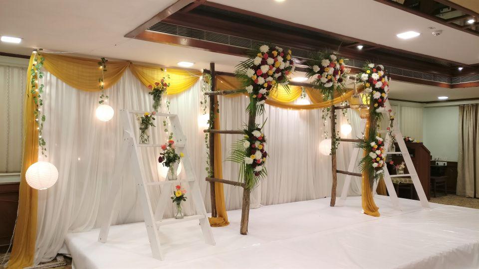 Glitter stage decor