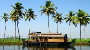 Deblok Group  Kerala houseboat