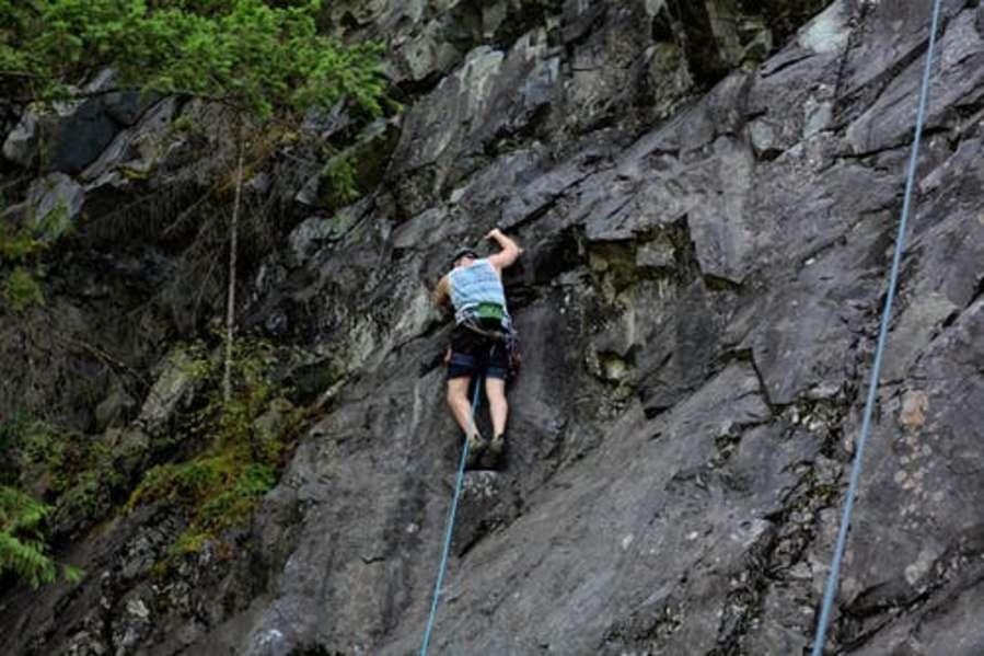 alt-text rock climbing 1