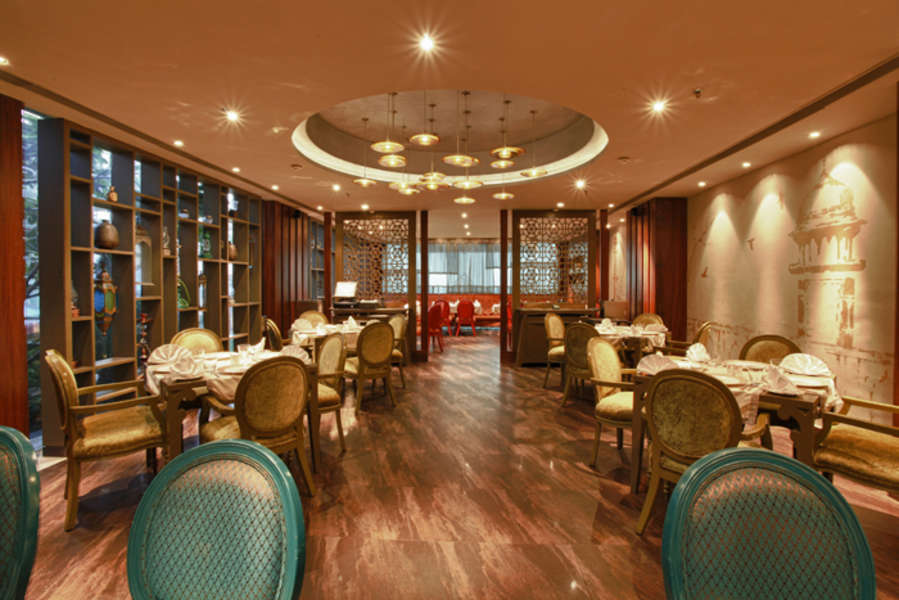 alt-text EOS Restaurant Levana Hotel Hazratganj Best Hotels in Hazratganj 2