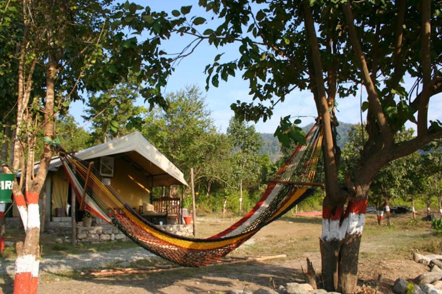 alt-text Tents at The Jamoon - Corbett Resort in jim corbett national park
