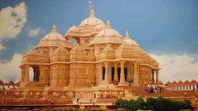 Akshardham Temple near Sarovar Portico Ahmedabad Best hotel in ahmedabad