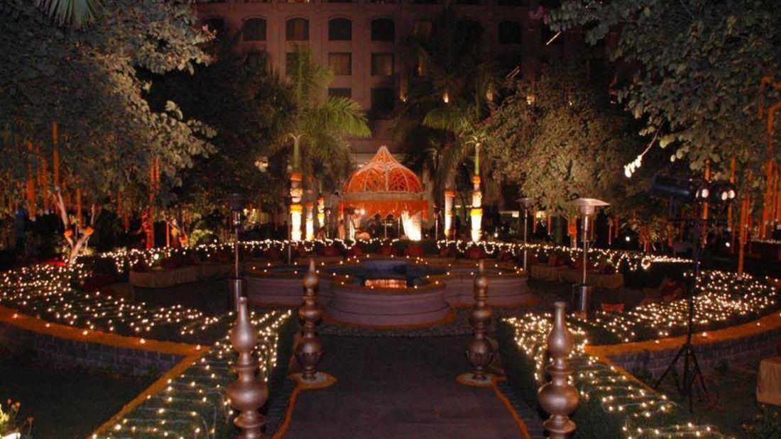 banquet halls, the grand hotel new delhi, Party halls in Delhi  -5