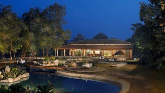 Ganga Lahari Hotel, Haridwar Haridwar Bungalow Rivers Edge Corbett znm62x wcwssw