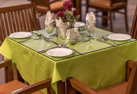 courtyard-restaurant-evoma-bangalore