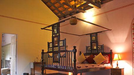 The Violet Room Arco Iris - 19th C Curtorim Goa,  Homestay In Goa