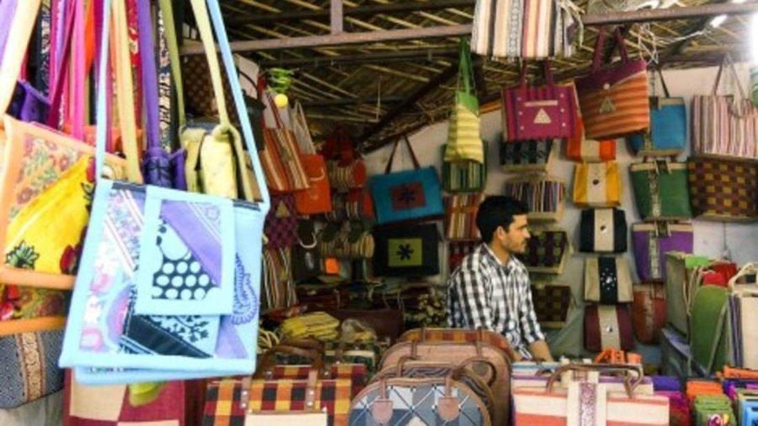 shopping markets the grand hotel new delhi